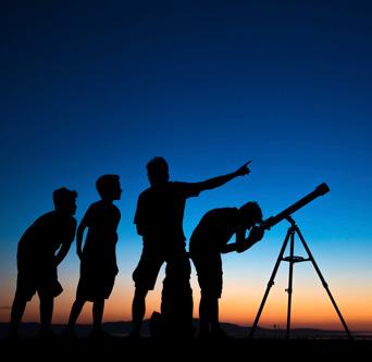 A family stargazing